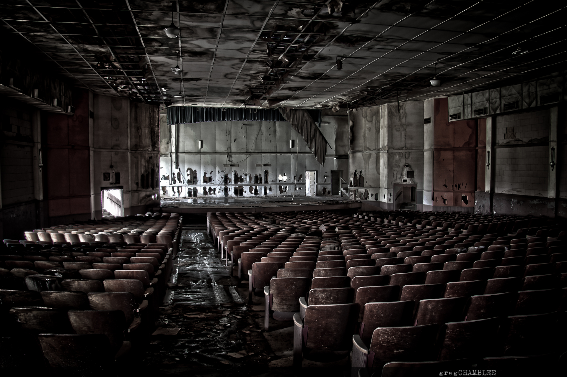 abandoned theater | greg chamblee photography